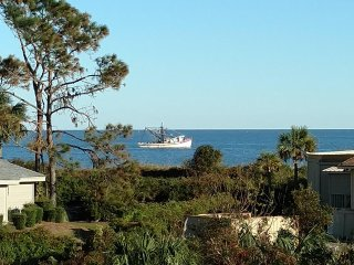 Direct oceanfront, only steps to beach and pool - Hilton Head vacation rentals