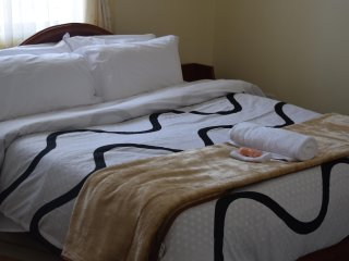 Elegant Family Home, 15 minutes from the Airport - Nairobi Region vacation rentals