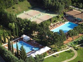 2 bedroom Apartment in Gavorrano, Tuscany Coast, Italy : ref 2380135 - Scarlino Scalo vacation rentals