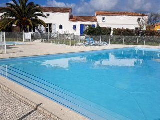 Beautiful 2 bedroom Ile d'Oleron House with Television - Ile d'Oleron vacation rentals