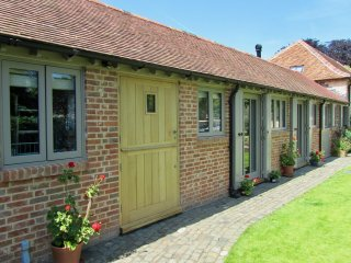 Stunning property in enviable city location in Oxford - Headington vacation rentals