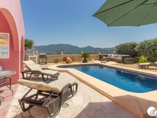 BEAUTIFUL VILLA WITH STUNNING SEA & MOUNTAIN VIEWS AND PRIVATE POOL - Jesus Pobre vacation rentals