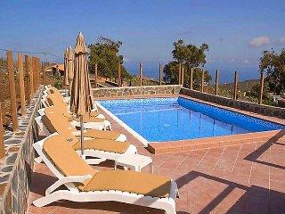 5 bedroom Villa in Arucas, Gran Canaria, Canary Islands : ref 2242146 - Firgas vacation rentals