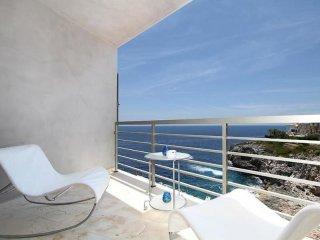 Comfortable 2 bedroom Apartment in Cala Mandia - Cala Mandia vacation rentals