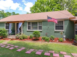 Southern Charm (2 Bdr) In East Nashville - Nashville vacation rentals
