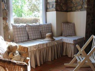 Petite maison cosy dans un village typique de la Suisse Normande - Rabodanges vacation rentals
