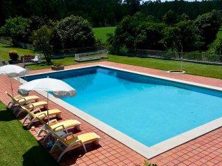 Casa D'Quinta: pool, tennis court, gardens - Vila do Conde vacation rentals