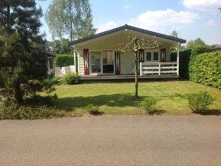 952 Vakantiehuisje Bos Voorthuizen Boeschoten Garderen Gelderland Veluwe 5p - Voorthuizen vacation rentals