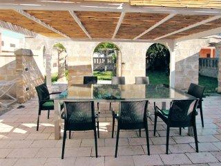 Beautifully restored stone house near the salento coast w/ air con & courtyard - Surano vacation rentals