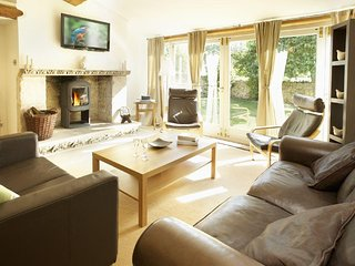 Spacious House with Internet Access and Television - Longborough vacation rentals