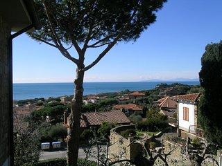 Casa panoramica semi centrale c. vista mozzafiato - Castiglione Della Pescaia vacation rentals