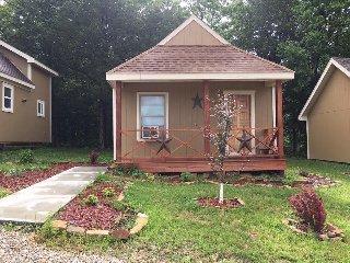 Ruby's Landing and River Resort - Waynesville vacation rentals