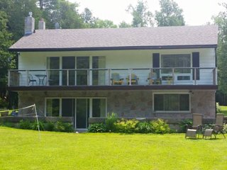 4 bedroom House with Deck in Stokes Bay - Stokes Bay vacation rentals