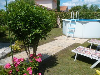Spacious house w/ private pool - Pessac vacation rentals