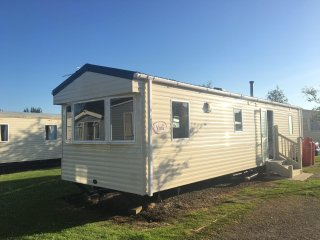 Caravan in a Holiday Park in the Lake District, 20 min from Windermere - Flookburgh vacation rentals