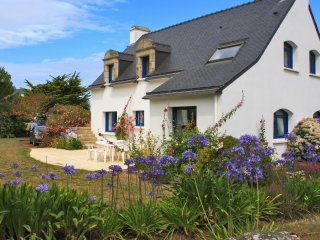Bright apartment in Brittany, in beautiful house 100 metres from the beach - Saint-Pierre-Quiberon vacation rentals