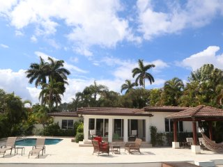 4BR/4.5 Bath Mansion on the water - North Bay Village vacation rentals