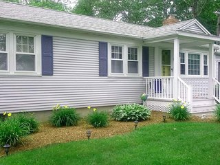 PRIME JULY & AUGUST WEEKS STILL AVAILABLE! HURRY! 131098 - West Yarmouth vacation rentals