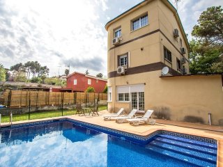 *SUMMER SPECIAL! * Prices discounted by 40% for remaining July and August dates! - Santa Eulalia de Ronsana vacation rentals