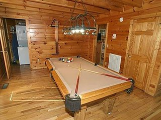 God's Grace 2 bedroom 2 bathroom Log Cabin - Gatlinburg vacation rentals