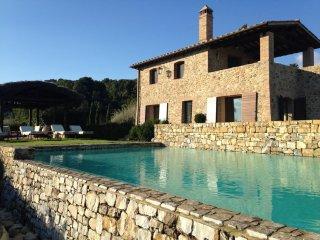 Perfect 7 bedroom Vacation Rental in Casale di Pari - Casale di Pari vacation rentals