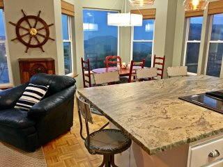 Captain's Quarters.  Amazing Ocean-View Villa Steps to Everything in Nye Beach - Newport vacation rentals