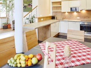 Apartment Bernstein mit 135m² - Ried im Oberinntal vacation rentals