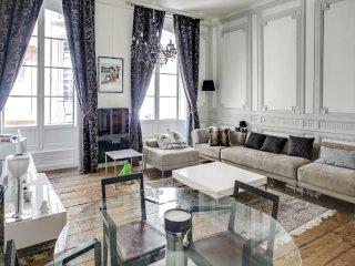 Duplex de standing dans le centre historique - Bordeaux vacation rentals