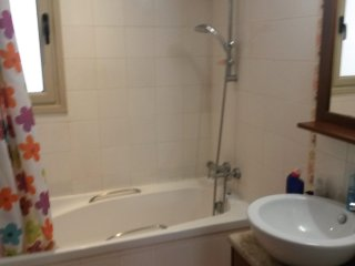 3 Bedroom large family Micklefield house - Garforth vacation rentals