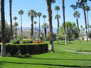 TORR87 - Rancho Las Palmas Country Club - 2 BDRM, 2 BA - Rancho Mirage vacation rentals