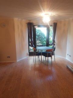 1 Bed Apartment City Center Free Parking - Edinburgh vacation rentals