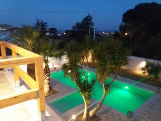Nice 5 bedroom Bed and Breakfast in Porto Empedocle - Porto Empedocle vacation rentals