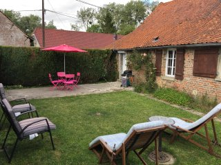 2 bedroom Gite with Internet Access in Boufflers - Boufflers vacation rentals