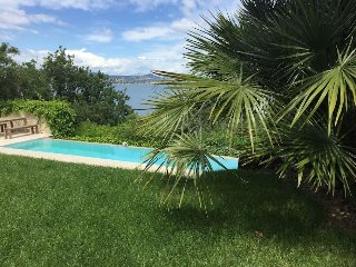 Sea View Apartment 30m from the beach - Allemagne en Provence vacation rentals