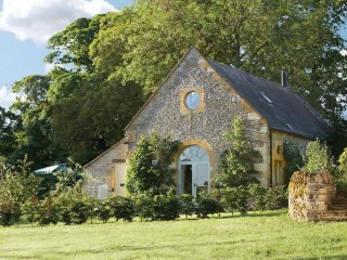 Beautiful House with Internet Access and Television - Guiting Power vacation rentals