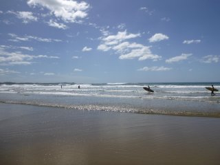 3 Bedrooms in Small Complex, 5 Minutes to Beach - Tamarindo vacation rentals