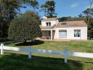 Belle Villa 3 chambres à 200 mètres de la mer - Jard-sur-Mer vacation rentals