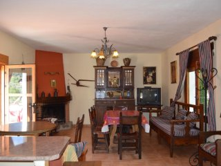 House with 3 bedrooms in Siles, with wonderful mountain view and enclosed garden - Jaen vacation rentals
