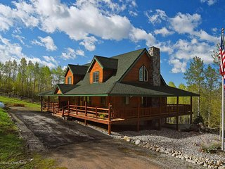 Deer Park Ranch - Forest Access and Amazing Views! - Star Valley Ranch vacation rentals