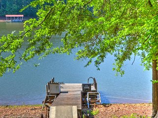 NEW! Lakefront 3BR Westminster House w/Serene Views - Westminster vacation rentals