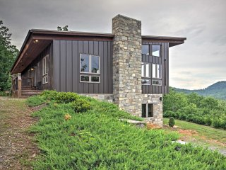 NEW! 3BR Union Mills House with Mountain Views! - Vein Mountain vacation rentals