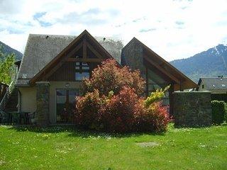 Beautiful 2 bedroom Vacation Rental in Juzet-de-Luchon - Juzet-de-Luchon vacation rentals