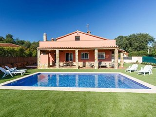 Beautiful House with Internet Access and Television - Caldes de Malavella vacation rentals