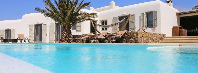 Casa Di Mare, beautiful 6-bedroom villa close to Mykonos Chora with unique style - Agios Stefanos vacation rentals