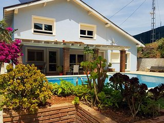 Casa Julechka -Charming house with pool and garden - Cartama vacation rentals