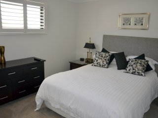 Sapphire Blue Apartment - Magnificent River View - Ardross vacation rentals