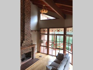Sunny House with Internet Access and A/C - Red Hill vacation rentals