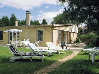 4 bedroom House with Internet Access in Saint-Mars-d'Outille - Saint-Mars-d'Outille vacation rentals