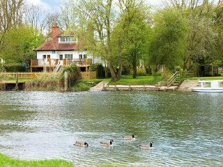 Beautiful House with Deck and Internet Access - Wallingford vacation rentals