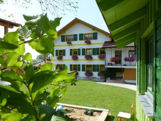 Cozy 2 bedroom Neureichenau Condo with Grill - Neureichenau vacation rentals